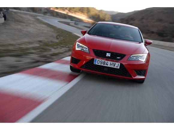El Seat Ibiza lidera el ranking de los coches más vendidos en abril