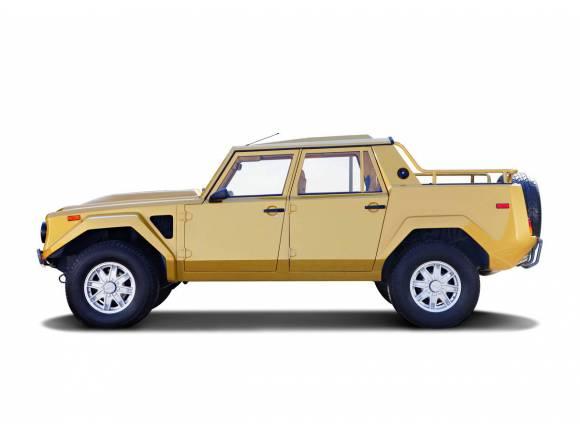 Lamborghini LM002: antes del Urus Lamborghini ya tuvo un SUV