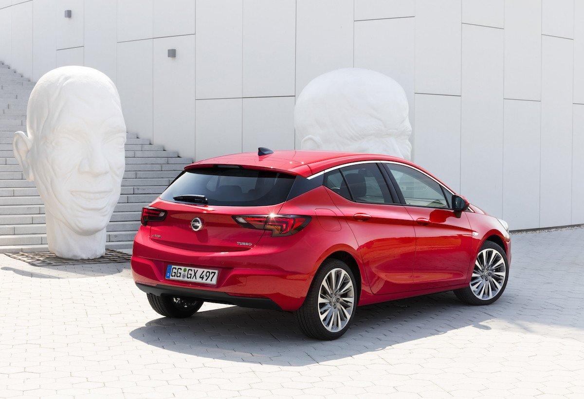 Opel Astra cambio automático