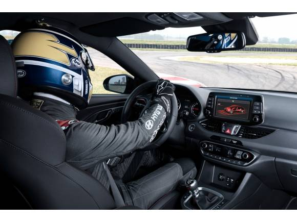 Nuevo Hyundai i30 N Fastback, deportividad en carrocería sedan