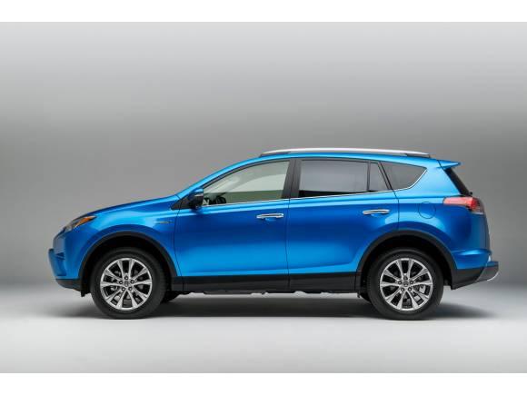 Toyota lanza un nuevo híbrido: el RAV4 hybrid