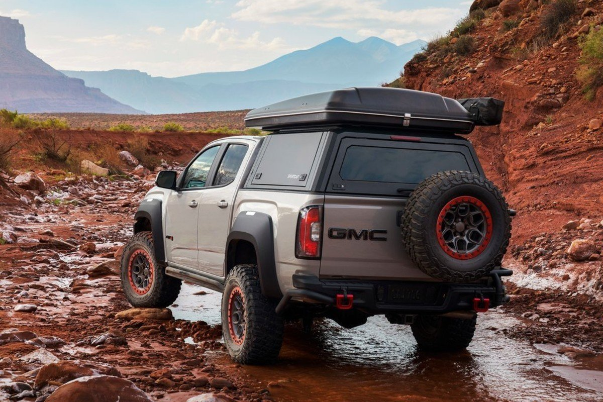 GMC Canyon AT4 OVRLANDX Off-Road Concept