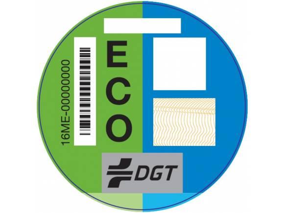 """Las ventajas de los distintivos """"Cero emisiones"""" y """"ECO"""" de la DGT"""