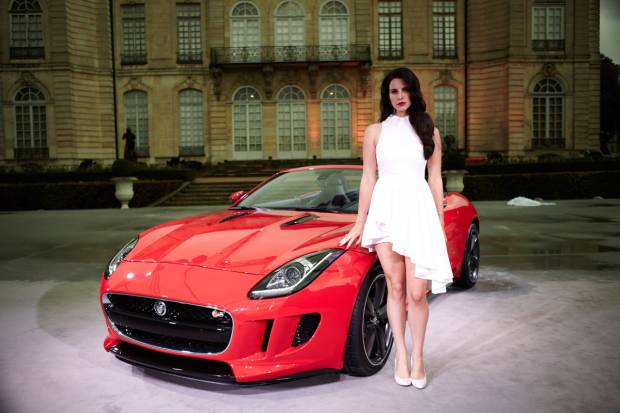 El Jaguar F-Type protagoniza un videoclip de Lana del Rey
