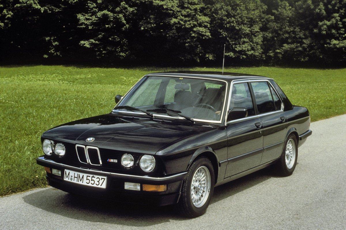 BMW M5 E28S