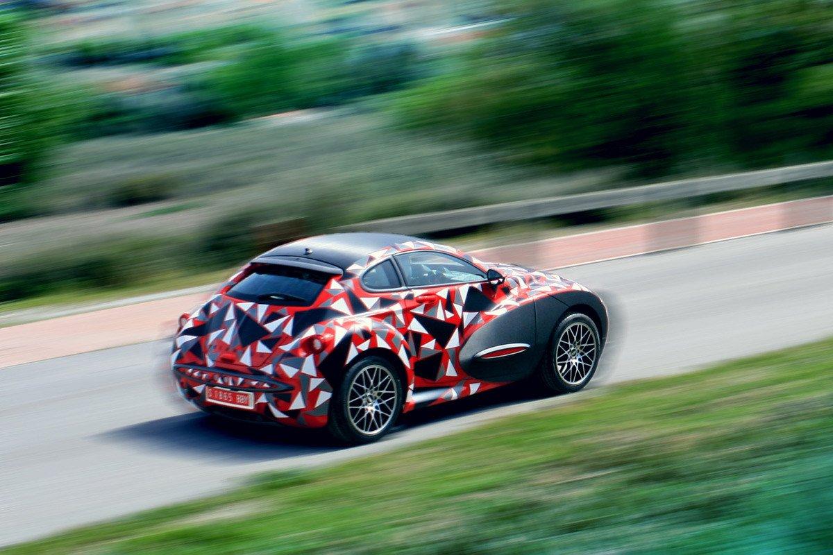 Nace una nueva marca de coches espa ola vel ntur cars for Marcas de coches