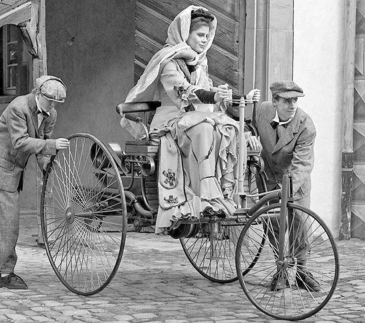 The World S First Automobile The Benz Patent Motorwagen: Bertha Benz, Mujer Pionera En El Mundo Del Automóvil