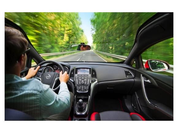 Nuevo Opel Astra BiTurbo, 195 CV para el Astra diesel más potente