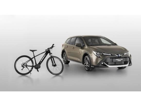 Nuevo Toyota Corolla Trek, híbrido, campero y ciclista