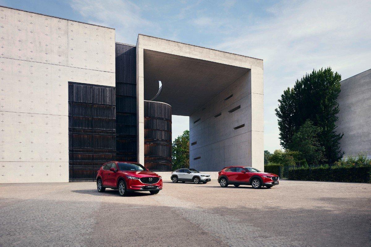 gama SUV Mazda