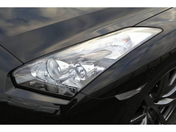 """Nuevos Coches: Nissan GT-R 2012, vídeo y fotos del nuevo """"Godzilla"""""""