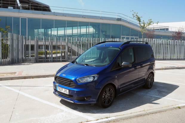 Prueba Ford Tourneo Courier, una alternativa a los monovolumen