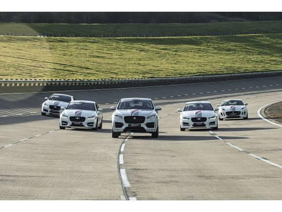El Jaguar F-PACE en el Salón del Automóvil de Madrid 2016