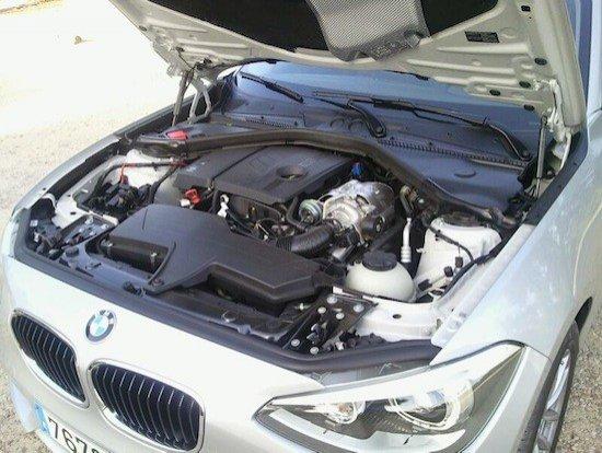 El motor turbo del 116i rinde más de lo que hacen pensar los 136 CV que anuncia.