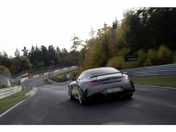Nuevo Mercedes-AMG GT R Pro, aún más racing