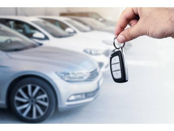 Más viejos que nunca: los coches de segunda mano vendidos en España tienen 10,6 años