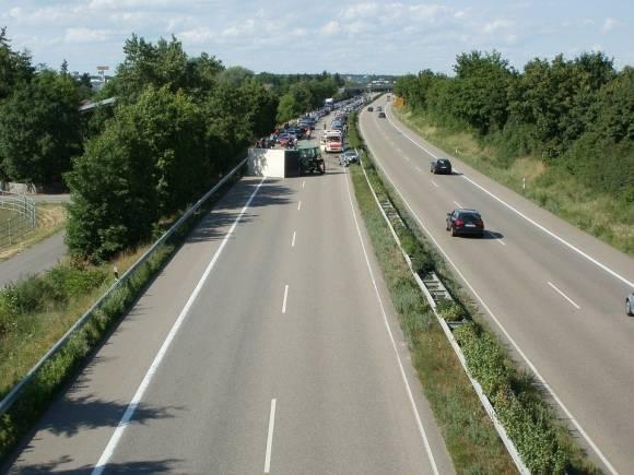 Julio es el mes del año con mayor número de muertes en carretera