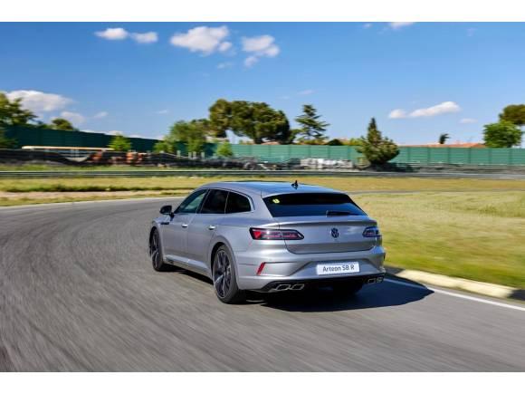 Volkswagen Arteon R: deportividad en carrocería berlina y Shooting Brake
