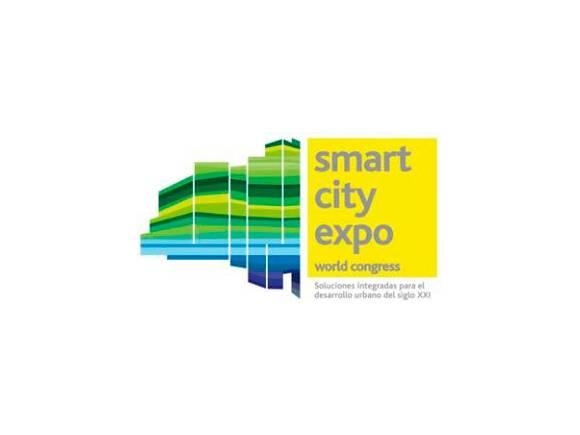 Nissan en Smart City Expo Wolrd Congress con el coche eléctrico Nissan Leaf