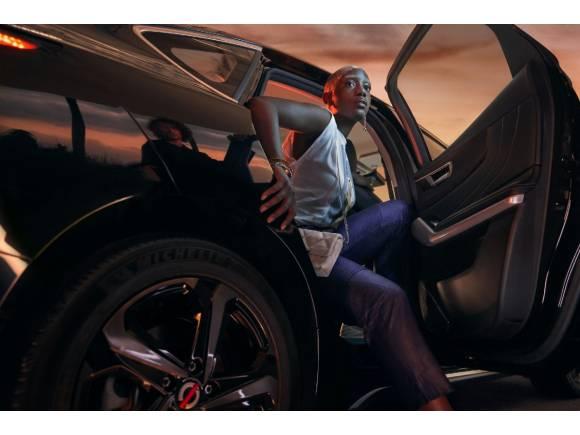 Mobilize Limo: así es el futuro que Renault propone para taxis y VTC