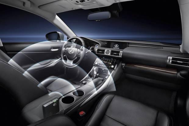Lexus IS, el coche con conexión a internet propia