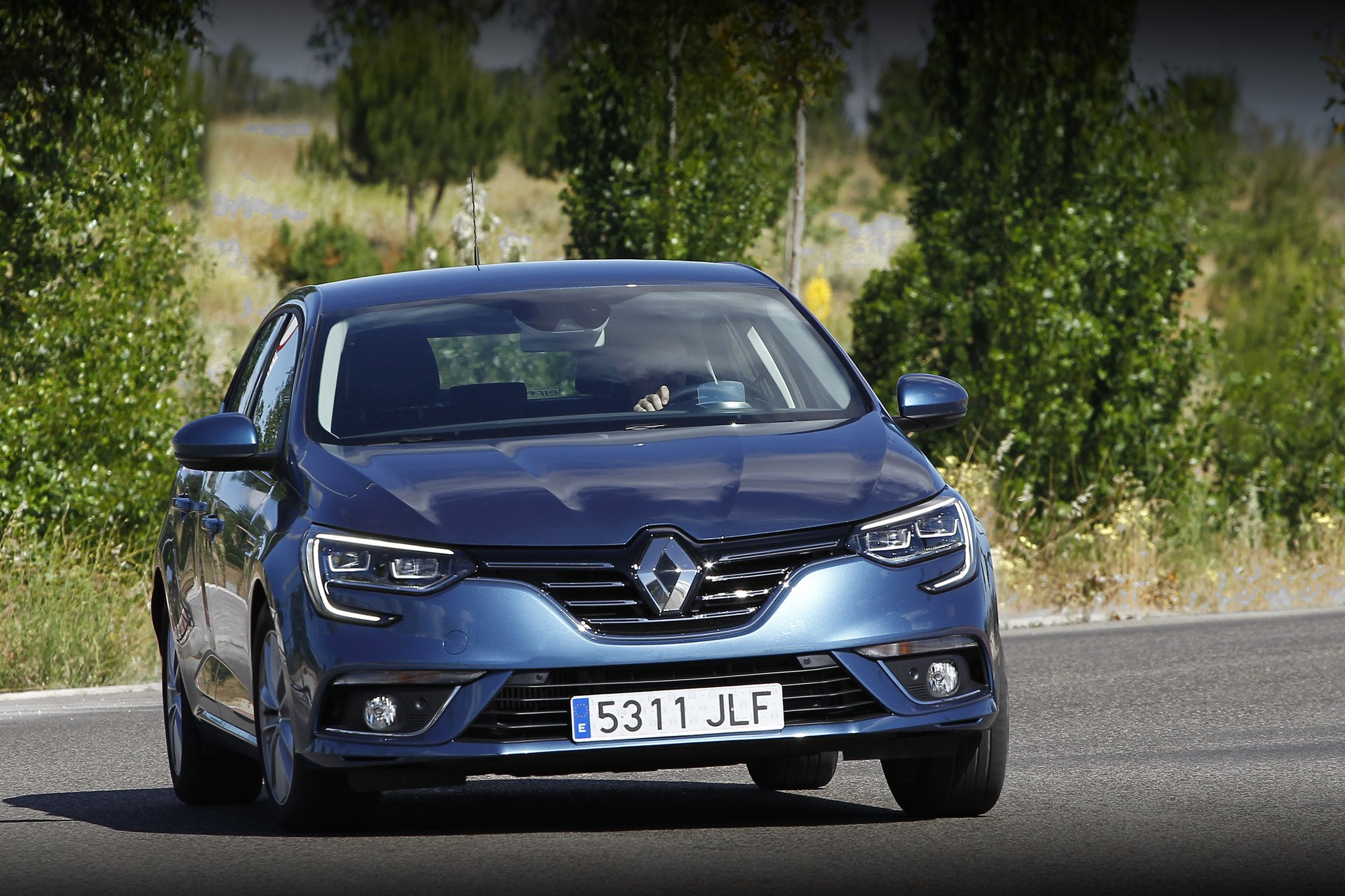 prueba nuevo renault megane tce 130 de gasolina. Black Bedroom Furniture Sets. Home Design Ideas