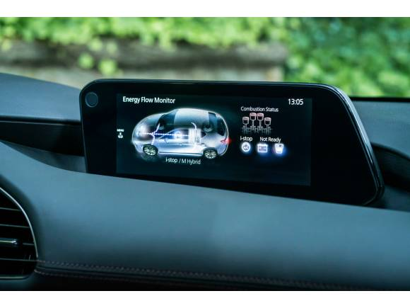 Prueba del Mazda 3 SKYACTIV-X: precios, equipamiento y opinión