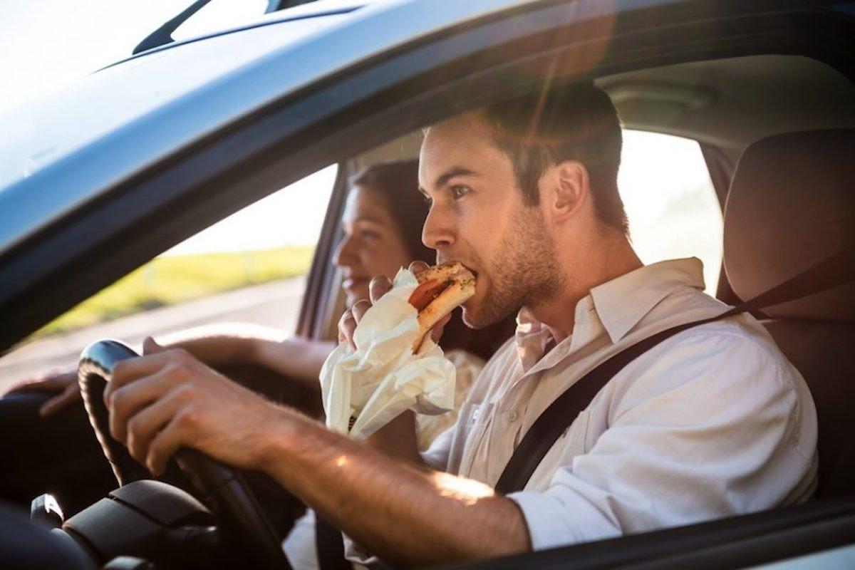 Que comer al viajar en coche