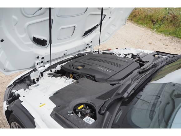 Prueba y opinión del Jaguar F-TYPE Coupé P300: un deportivo a tener en cuenta