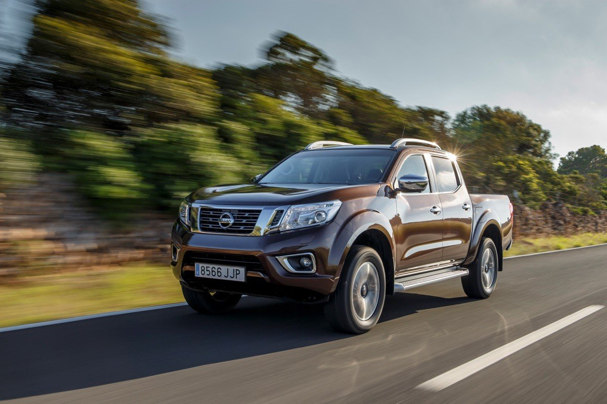 nissan navara 2016 un pick up para todo uso. Black Bedroom Furniture Sets. Home Design Ideas