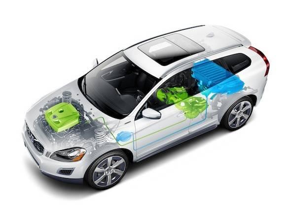 Volvo XC60 híbrido enchufable, ahora también en gasolina