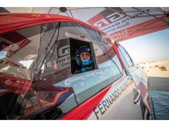 Fernando Alonso vuela hacia el Dakar 2020 con Toyota