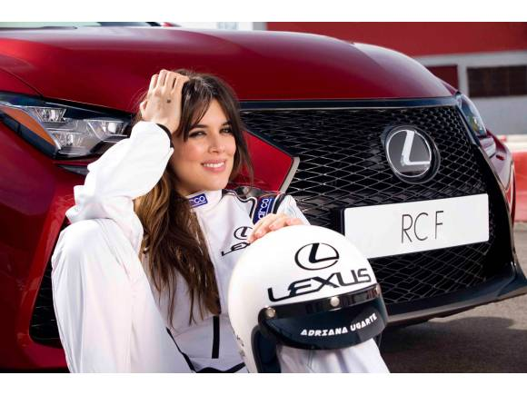 Adriana Ugarte prueba el Lexus RC F