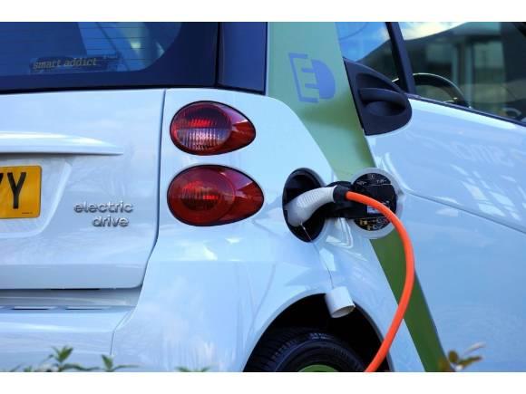 Los coches eléctricos, difíciles de remolcar
