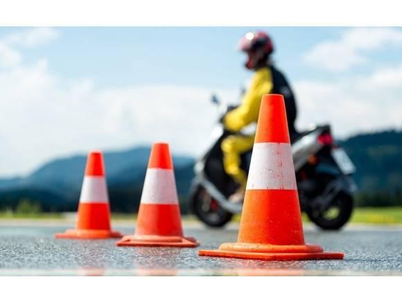La DGT ha hecho más de 450.000 exámenes de conducir durante el verano