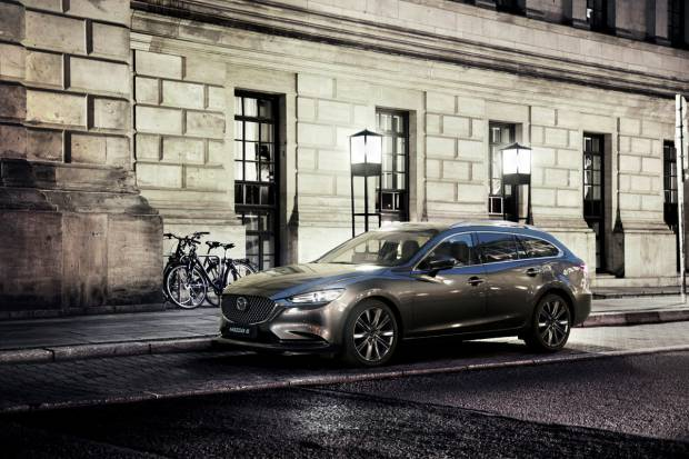 Madrid Auto 2018: nuevos Mazda 6 Signature y Mazda 2 Black Tech Edition