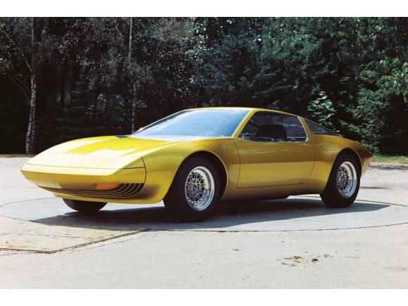 Techno Classica: Opel celebra los 50 años del Experimental GT