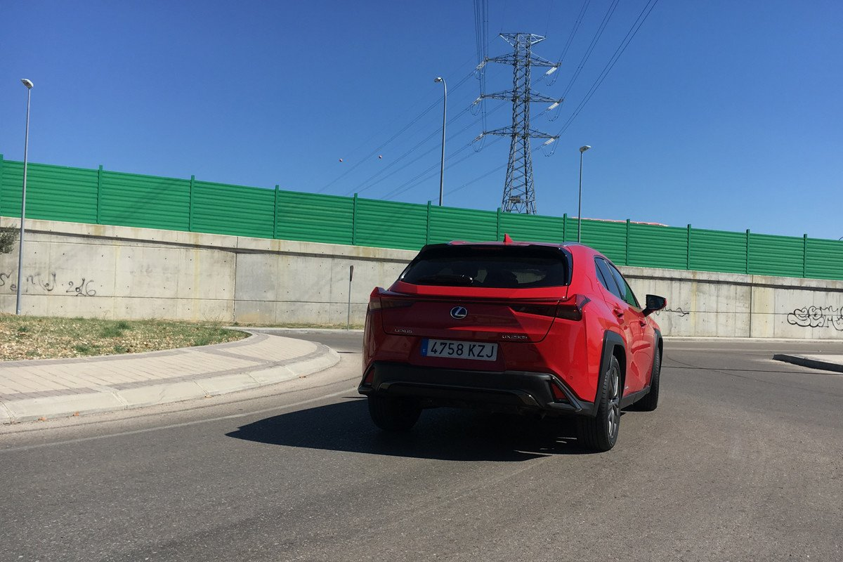 Prueba Lexus UX 250h