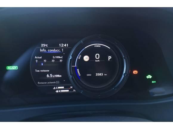Prueba Lexus UX 250h, el SUV híbrido con una estética rompedora