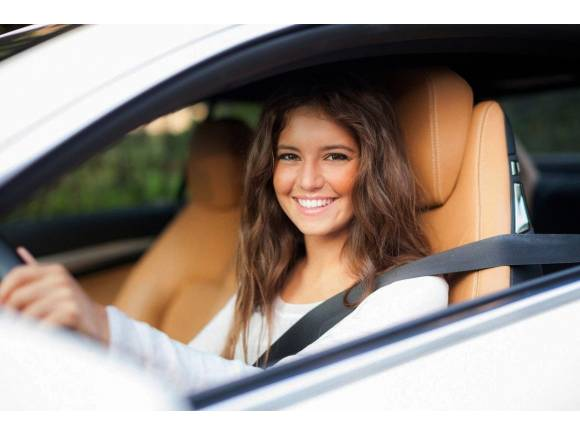 Jóvenes y coches: ¿Quieren tener coche o no?