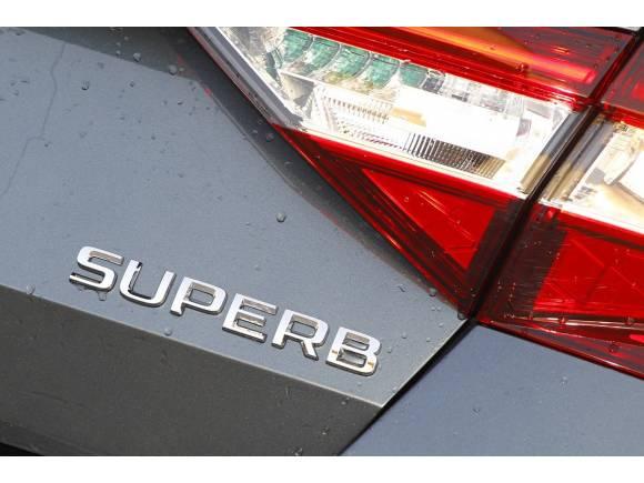 Prueba Skoda Superb 1.6 TDI 120 CV: no tan básico
