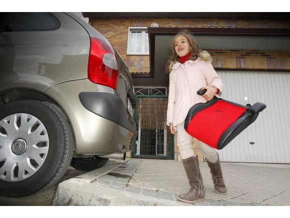 ¿Saben los padres proteger a sus hijos en el coche?