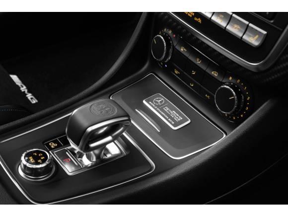 "Mercedes-AMG A 45 ""World Champion Edition"""