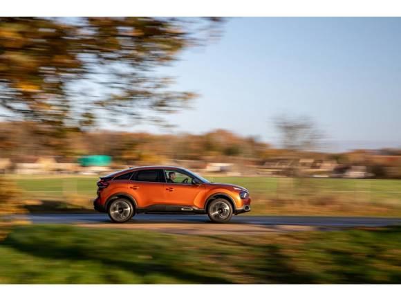 Llegan los motores más económicos para el Citroën C4: PureTech 100 y BlueHDi 110