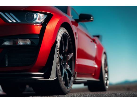 Mustang Shelby GT500: 700 CV para el Ford más potente de la historia