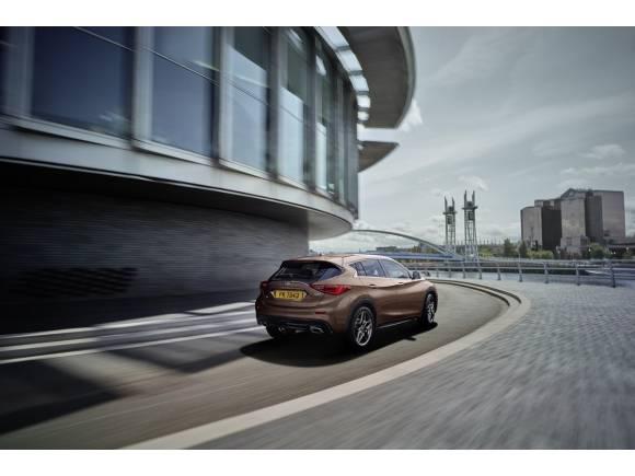 """Prueba Infiniti Q30: el """"Mercedes"""" japonés"""