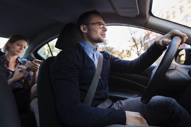 Desescalada: ¿Cuántas personas pueden ir en un coche durante sus distintas fases?