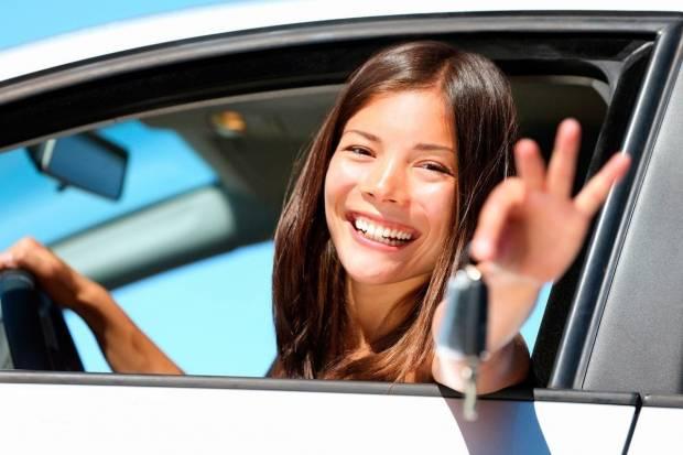 Consejos para contratar un seguro de coche para jóvenes