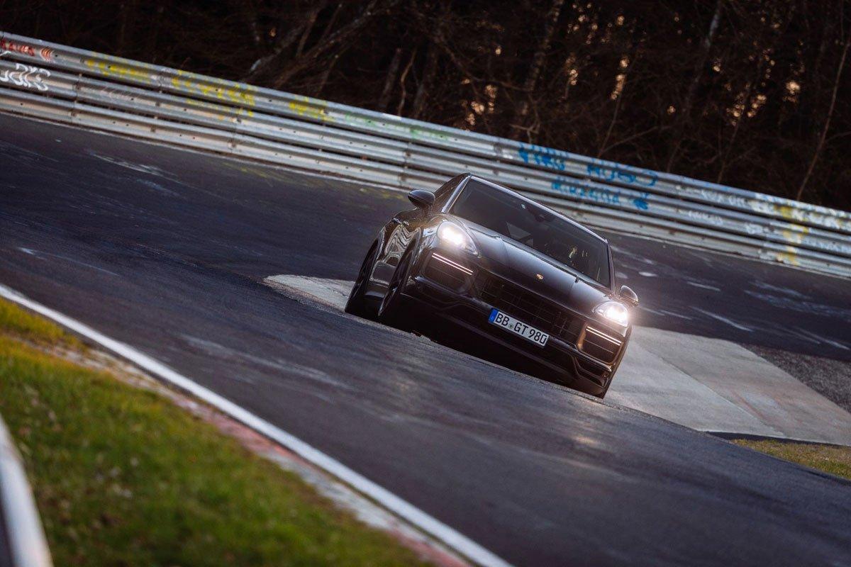 Porsche Cayenne record nurburgring