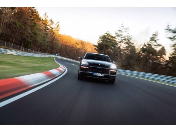 Vídeo: el Porsche Cayenne Coupé bate el record en Nürburgring para un SUV